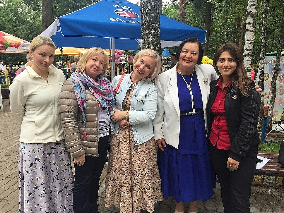 Участники фестиваля из Жуковского: Аксиния НОВИЦКАЯ, Ирина ОВЧАРЕНКО,  Анна ЧЕРНЕЦКАЯ, Татьяна МАКСИМЕНКО, Лусия КУРБАЛИЕВА