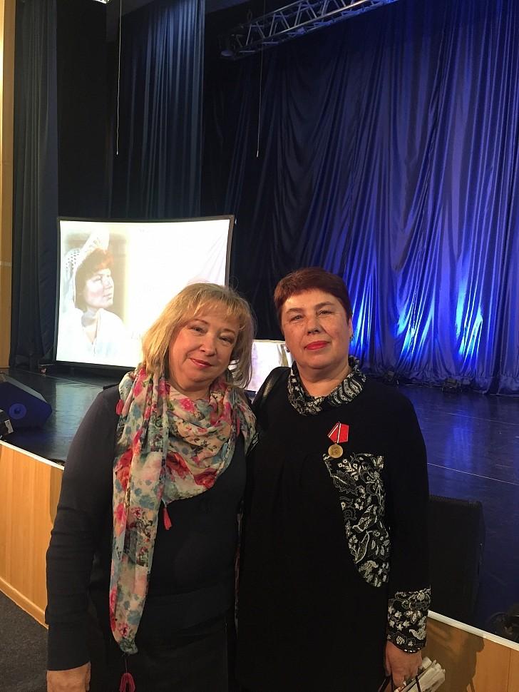 Ирина Овчаренко и Самусенко Галина