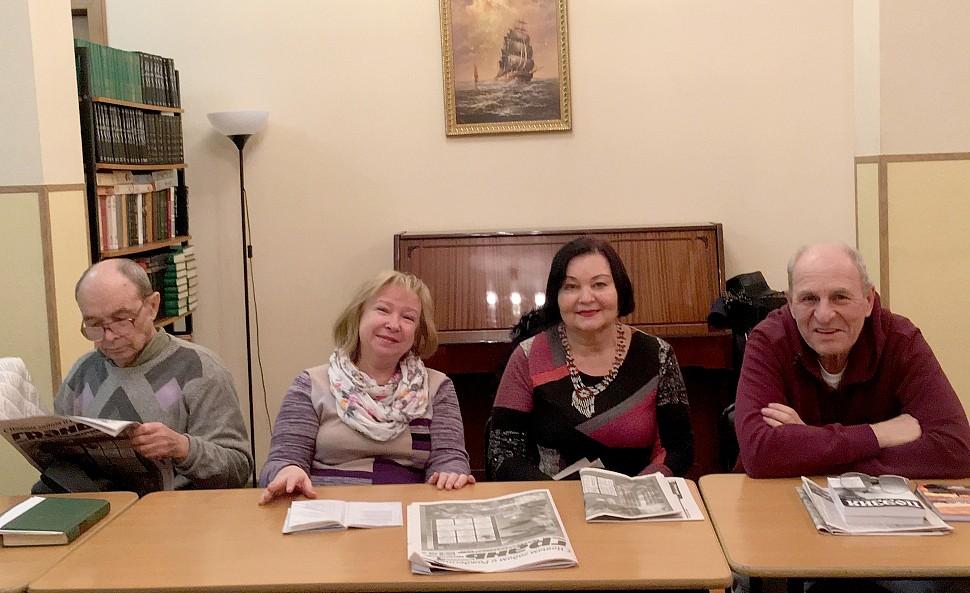 Слева направо: И. Потапов, И. Овчаренко, Т. Максименко, В. Юдин